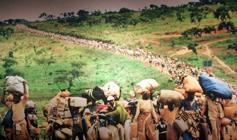 المذبحة الرواندية عام 1994 التي قُتل فيها حوالي 800 ألف شخص